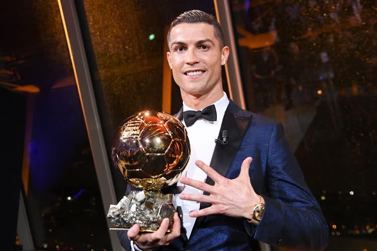 """""""Tarihin en iyi futbolcusu benim"""""""
