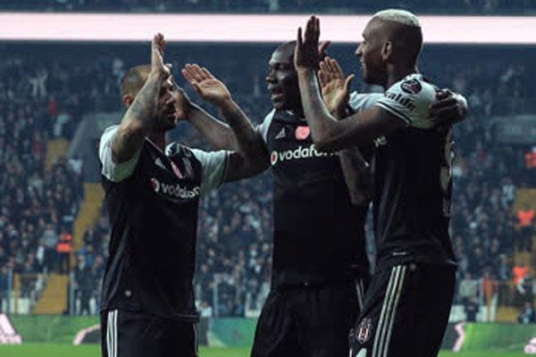Spor Toto Süper Lig'in 28. haftasında evinde Adanaspor'u 3-2 yenen Beşiktaş, şampiyonluğa biraz daha yaklaştı.