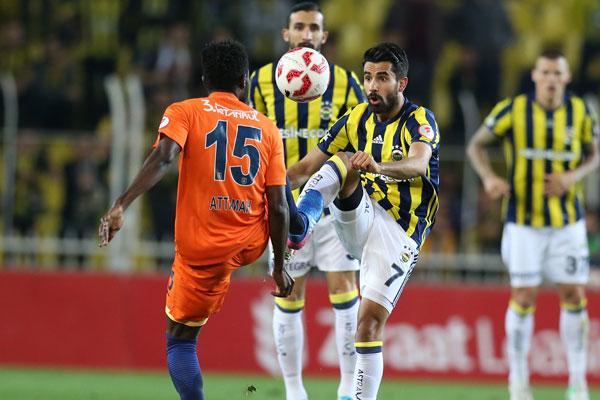 Spor yazarları Fenerbahçe - Medipol Başakşehir maçını değerlendirdi.