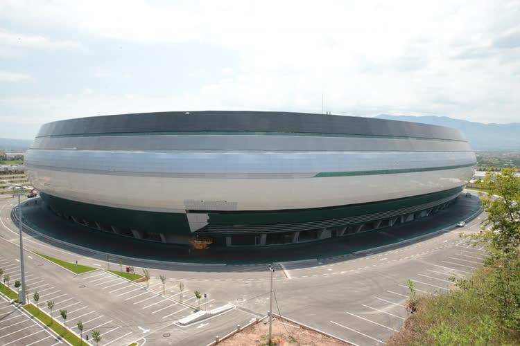 Kocaeli yeni stadı için gün sayıyor