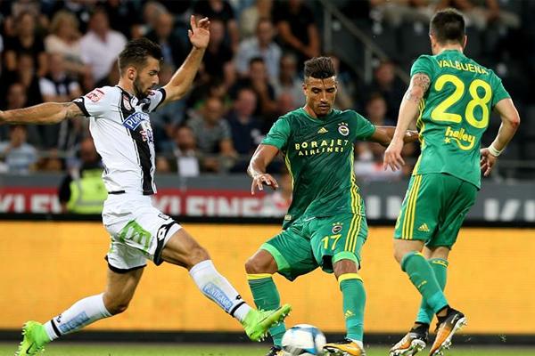 Spor yazarları Fenerbahçe - Sturm Graz maçını değerlendirdi.