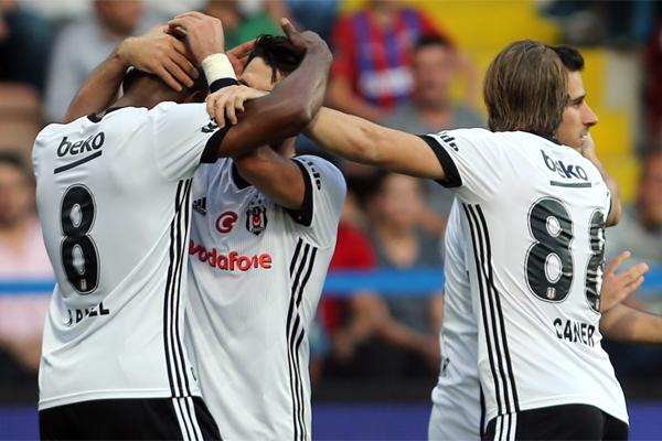 UEFA Şampiyonlar Ligi G Grubu ilk maçında bu akşam Portekiz'in Porto takımına konuk olacak Beşiktaş, Avrupa'nın en büyük futbol organizasyonunda 7. kez yer alacak.