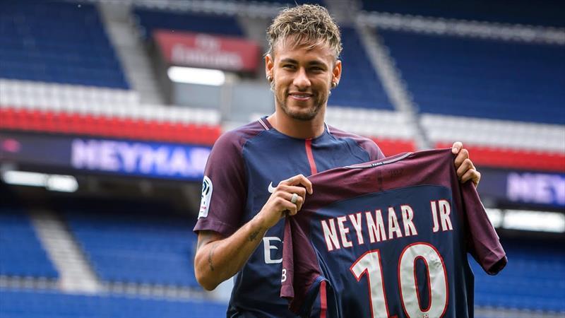 Neymar dengeleri değiştirdi