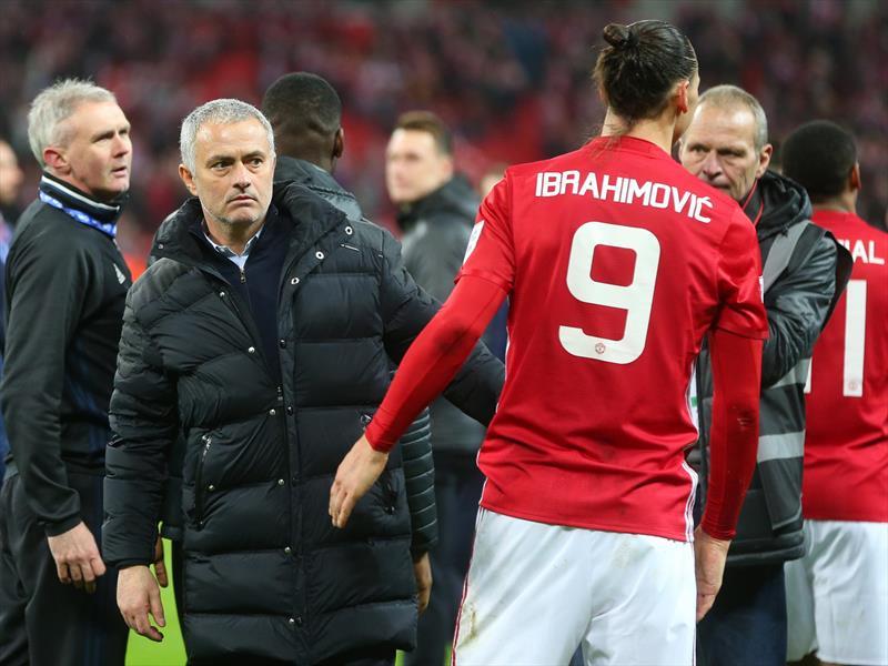 Zlatan'dan Mourinho'ya destek