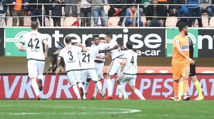 Aytemiz Alanyaspor Atiker Konyaspor maç özeti