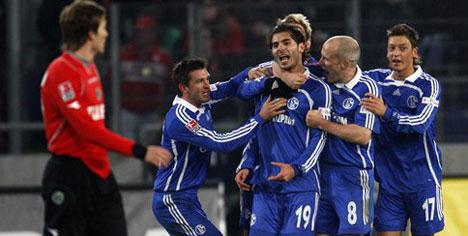 Schalke Halil ile güzel!