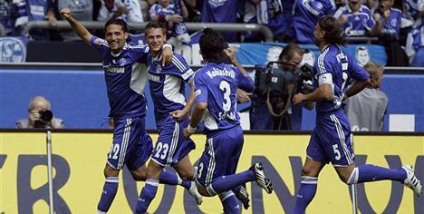 Schalke hızlı başladı