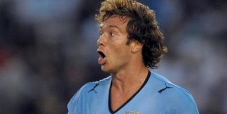Lugano'lu Uruguay, Fransa'ya karşı!