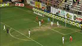 Sercan inanılmaz bir gol kaçırdı!