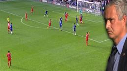 Mourinho'yu soyunma odasına gönderen gol!