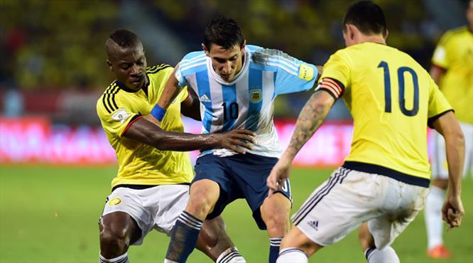 Arjantin ilk galibiyetini aldı