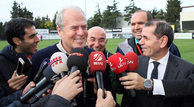 Mustafa Denizli Florya'da! Kehanet sorusuna ilginç cevap!