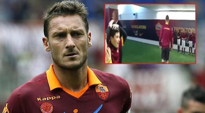 Totti elini sıkınca kendini kaybetti!..