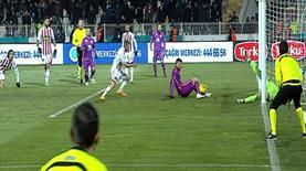 Burak Yılmaz'dan çok ilginç gol: 1-2!