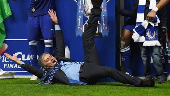 Kupa geldi, Mourinho kendinden geçti