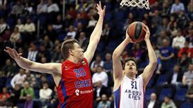 Efes, CSKA'yı salladı ama yıkamadı! (ÖZET)