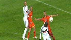 İşte Beşiktaş'ın penaltı beklediği pozisyon!