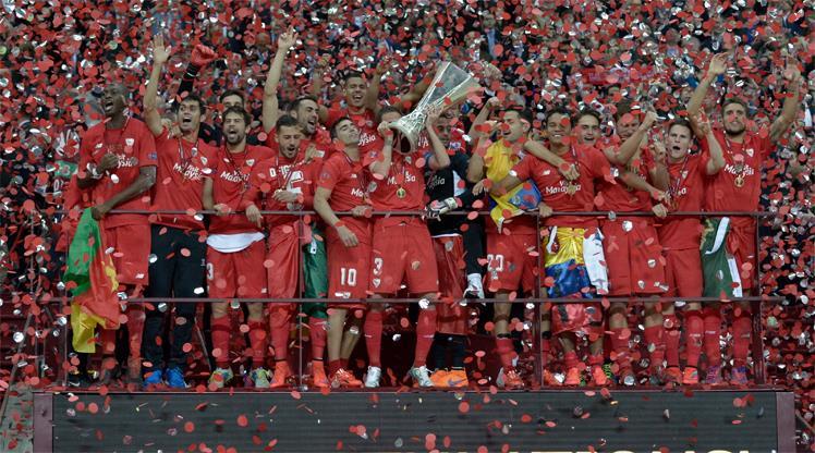 Dnipro'nun hayallerini Bacca yıktı!.. Şampiyon Sevilla!..