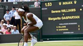 Serena ve Djokovic çok rahat