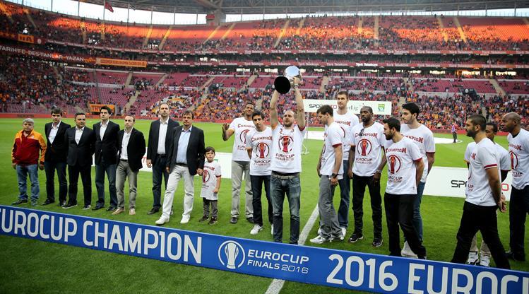 Galatasaray Odeabank Türk Telekom Arena'da!