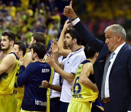 Tarih işte böyle yazılır! Fenerbahçe finalde! (ÖZET)