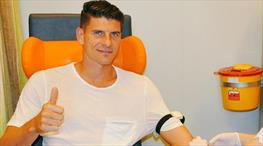 Mario Gomez, Atletico Madrid'e transfer oluyor