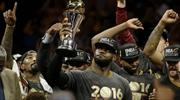 NBA'de açılışı şampiyon yapıyor!