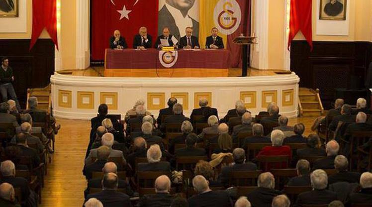 Galatasaray'da Divan toplanıyor