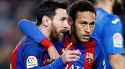 Messi Barcelona'yı ipten aldı! (ÖZET)