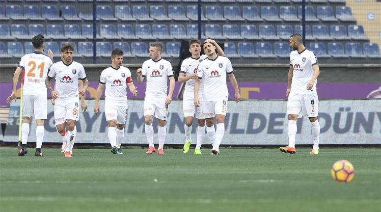 Osmanlıspor - Medipol Başakşehir: 0-1 (ÖZET)