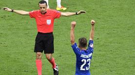 FIFA, Çakır'ı Dünya Kupası'na hazırlıyor