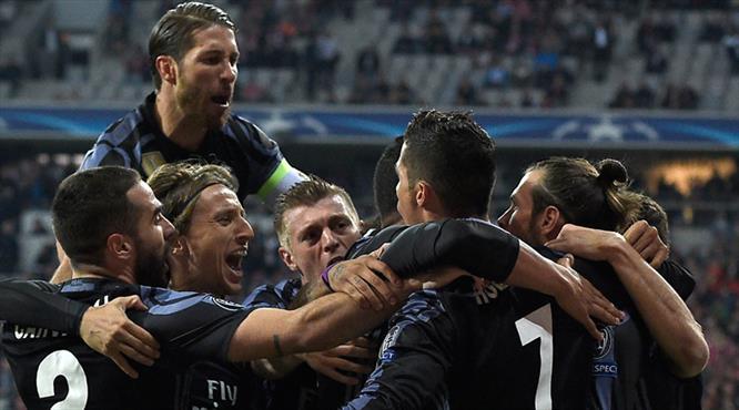 Ronaldo Bayern'in fiyakasını bozdu, tarihe geçti!