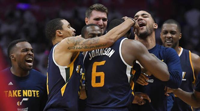 Zirvede maç kazandıran basket var! İşte gecenin en iyi 5 hareketi