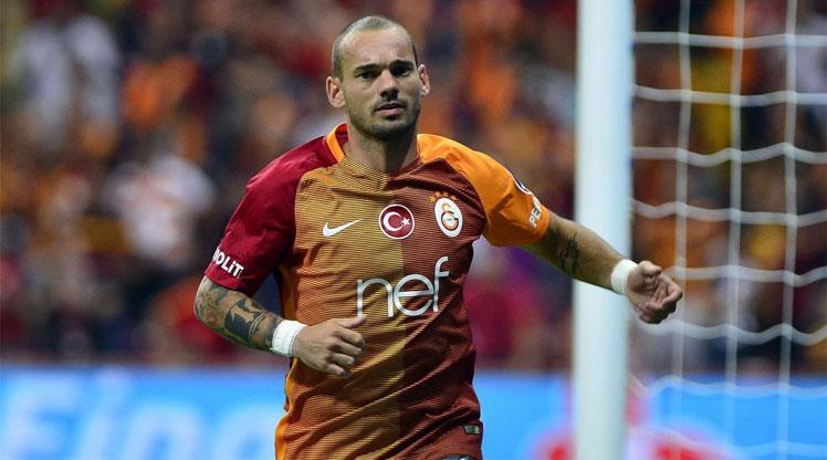 8 soruda Aslan'ın 10 numarası Sneijder