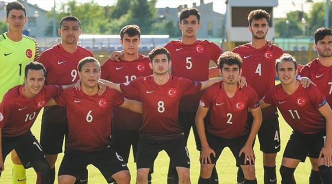 UEFA Galatasaraylı ismi duyurdu
