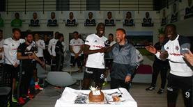 Demba Ba'ya sürpriz doğum günü!