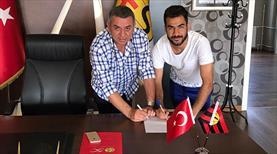 Eskişehirspor'da 4 yıllık imza