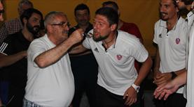 Seleznov için doğum günü partisi