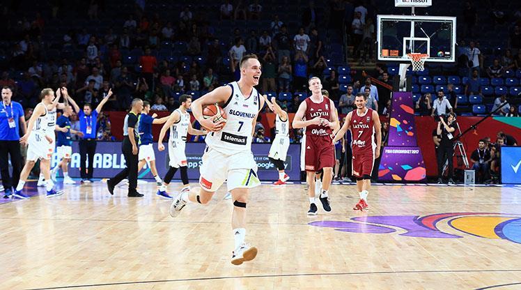 Slovenya yarı finalde