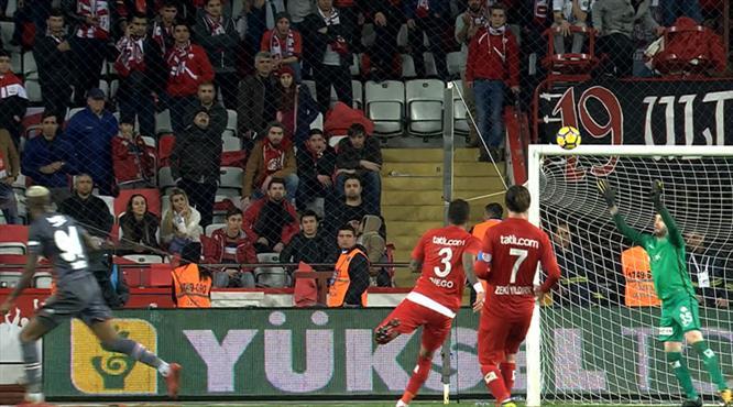 Talisca sezonun golüne çok yaklaşmıştı