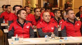Süper Lig hakemleri seminerde