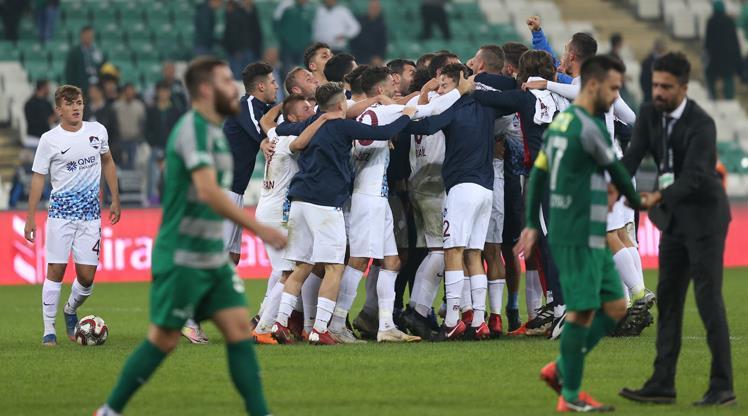 Kupada büyük sürpriz! Bursaspor 3. lig takımına elendi
