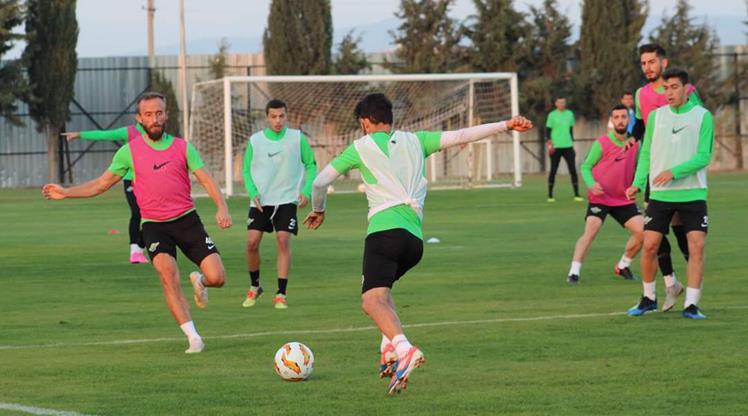 Akhisar Sevilla maçına hazır
