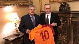 Mustafa Cengiz'den Moskova Büyükelçisi'ne ziyaret