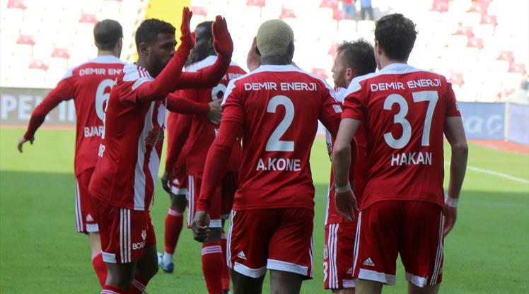 Sivasspor'un 4. dalya heyecanı