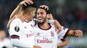 Hakanlı Milan ilk maçta işi bitirdi