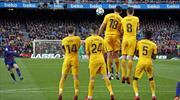 Messi'nin izlerken ağzınızı açık bırakacak 10 frikik golü