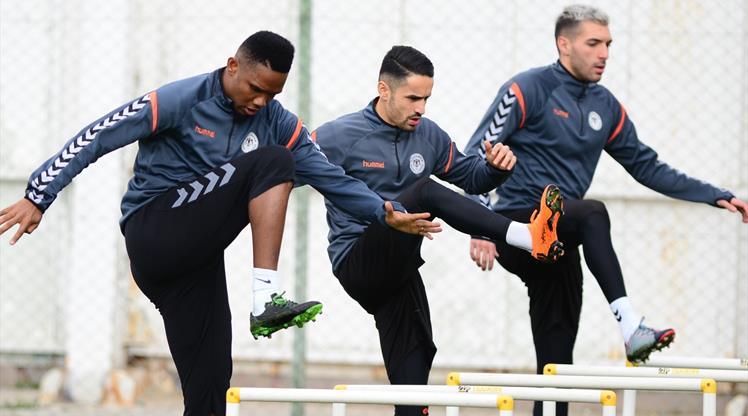 Konya Galatasaray'a hazırlanıyor