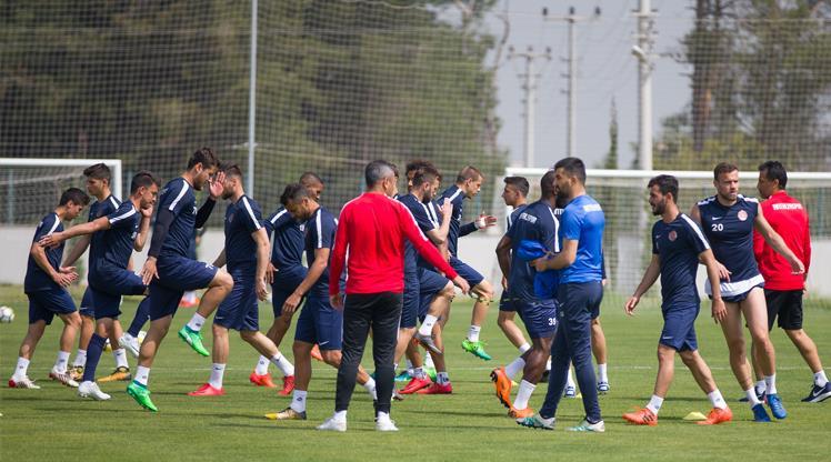 Antalyaspor seriyi sürdürmek istiyor