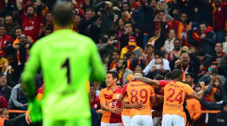 G.Saray'dan Başakşehir'e gönderme!